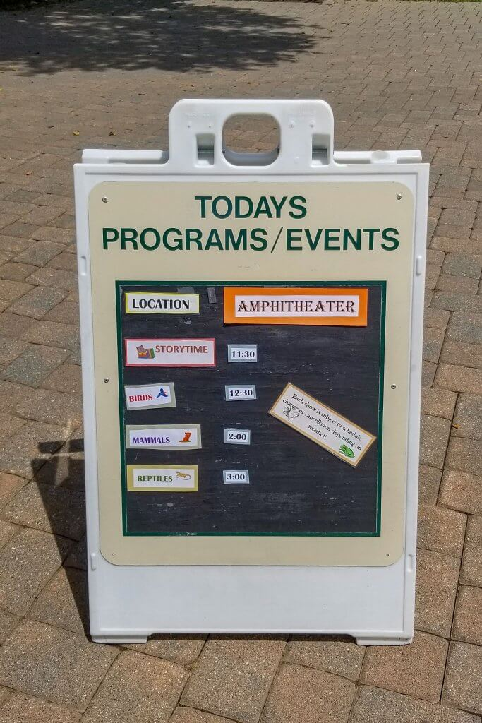 a lunch board with events of the day at the bergen county zoo in van saun park