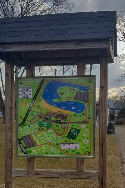 a park map sign of horseshoe lake park